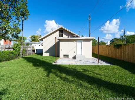 4228 NW 1st Ave - Photo 39