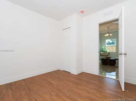 4228 NW 1st Ave - Photo 27