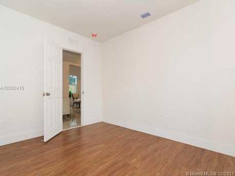 4228 NW 1st Ave - Photo 21