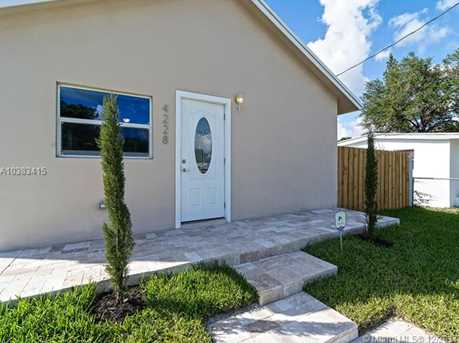 4228 NW 1st Ave - Photo 5