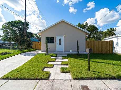 4228 NW 1st Ave - Photo 1
