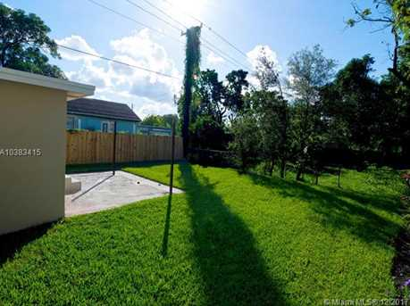 4228 NW 1st Ave - Photo 41