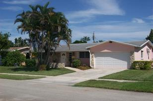 4410 NW 9th Ct - Photo 1