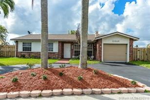 11340 NW 45th Pl - Photo 1