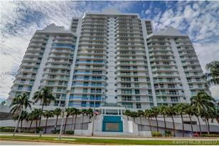5900 Collins Ave #708 - Photo 1