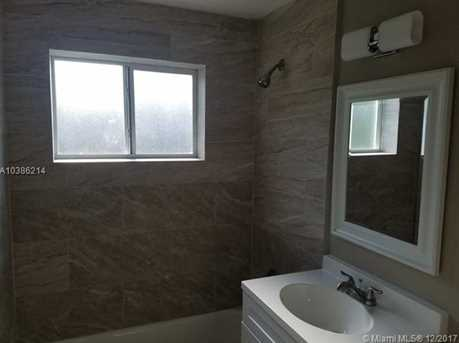 544 NW 13th Ave - Photo 21