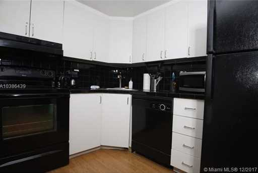 5445 Collins Ave #433 - Photo 13