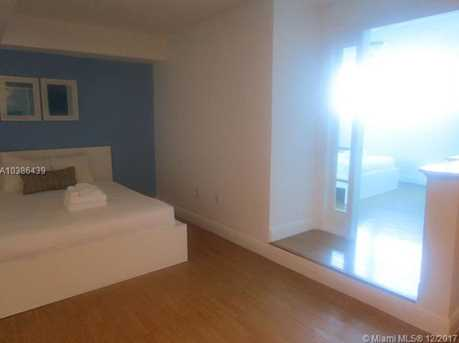 5445 Collins Ave #433 - Photo 21