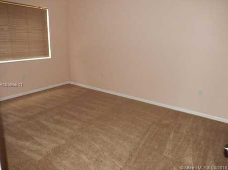 10425 SW 112th Ave #304 - Photo 7