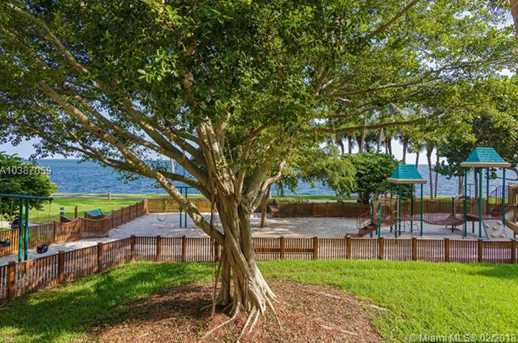 2 Grove Isle Dr #B605 - Photo 9