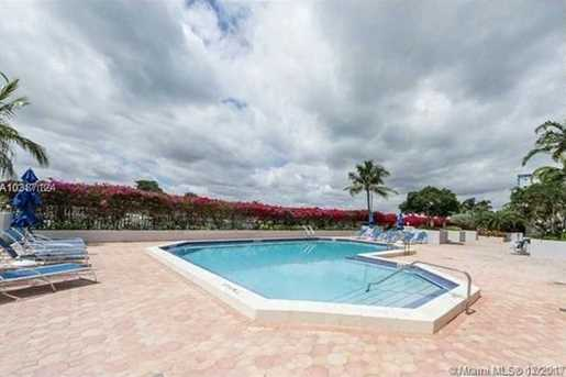5700 Collins Ave #11N - Photo 3