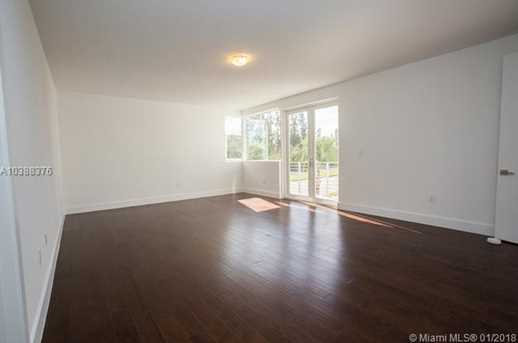 10250 NW 74th Terrace - Photo 17