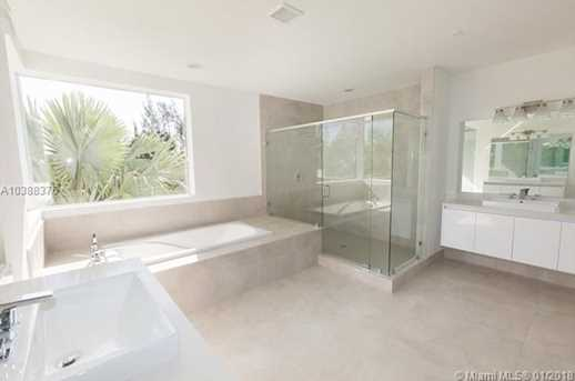 10250 NW 74th Terrace - Photo 19