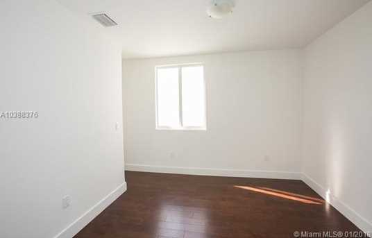10250 NW 74th Terrace - Photo 21