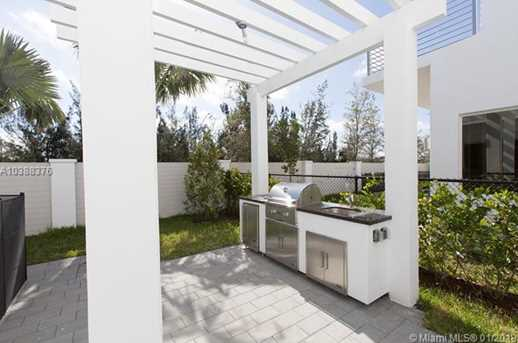 10250 NW 74th Terrace - Photo 37
