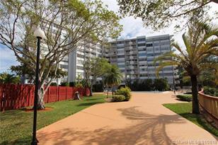 1300 NE Miami Gardens Drive #515E - Photo 1