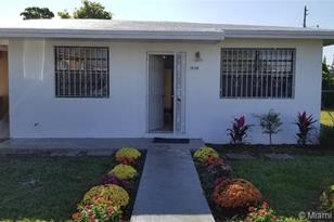 12190 SW 214th Ter - Photo 1
