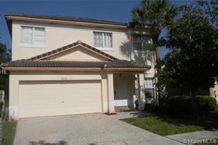 17015 NW 19th Ct - Photo 1