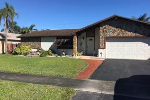 5620 SW 115th Ave - Photo 1