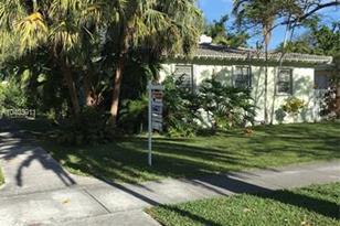 2390 S Miami Ave - Photo 1