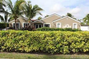 15530 SW 155th Ave - Photo 1