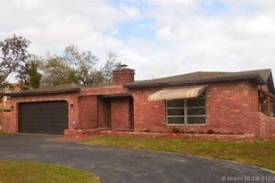 12041 NW 31st St - Photo 1