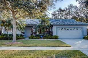 4310 NW 53rd Ct - Photo 1