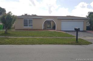 9574 NW 19th Pl - Photo 1