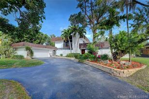 17721 SW 75th Ave - Photo 1