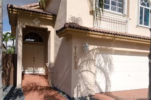 11325 NW 50th Ter - Photo 1