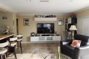 120 Golden Isles Dr #32B - Photo 1