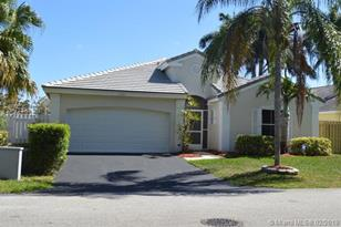 5280 NW 53rd Ave - Photo 1