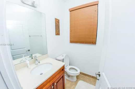 4929 NW 59th St - Photo 9