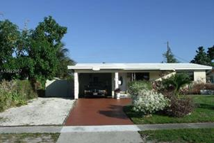 2817 SW 5th St - Photo 1