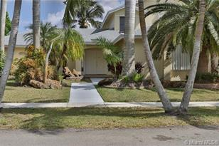 311 NW 201st Ave - Photo 1