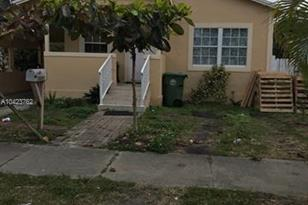 1600 NW 64th St - Photo 1