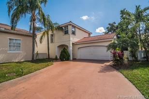 6020 NW 44th Ave - Photo 1