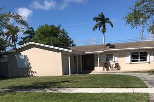 9373 SW 184th Ter - Photo 1