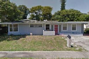 4111 NW 189th Ter - Photo 1