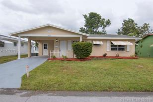 4927 NW 52nd Ct - Photo 1