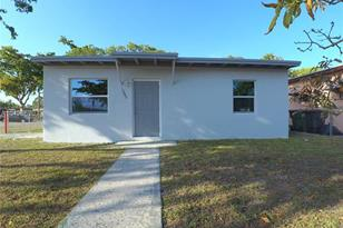 1295 NW 122nd St - Photo 1