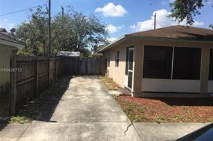 4299 SW 55th Ave - Photo 1