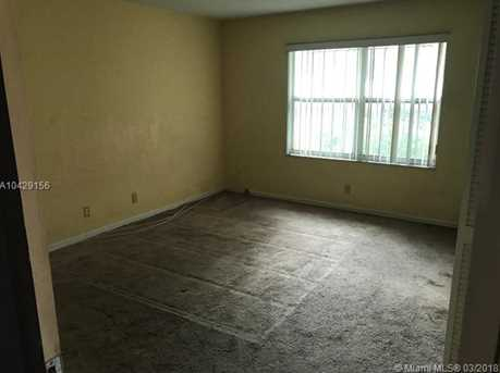 3055 NW 10th Ct - Photo 7