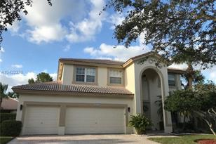 16757 NW 14th Ct - Photo 1