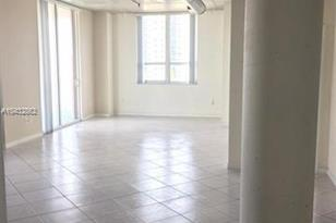 2275 Biscayne Blvd #804 - Photo 1