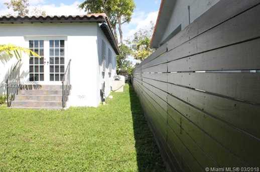 2140 SW 16th St - Photo 5