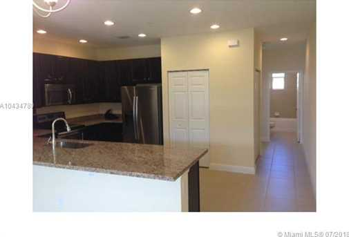 1020 SW 147th Ave #10608 - Photo 7