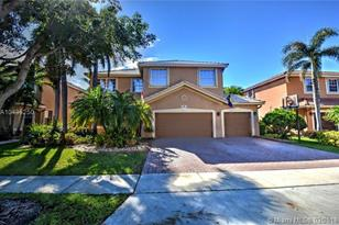 630 SW 167th Way - Photo 1