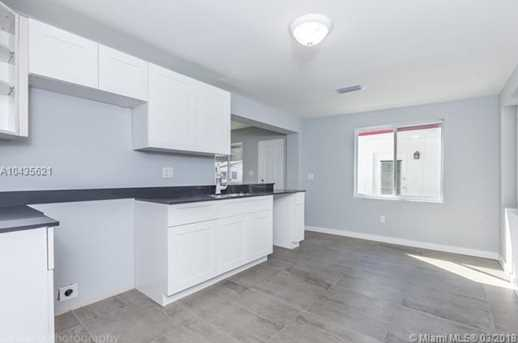 4221 NW 5th Ave - Photo 23