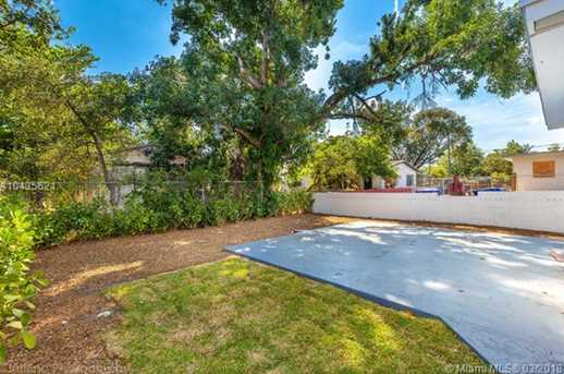 4221 NW 5th Ave - Photo 7